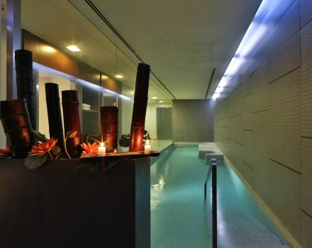 Relax in the swimming pool of the BW Hotel Goldenmile Milan